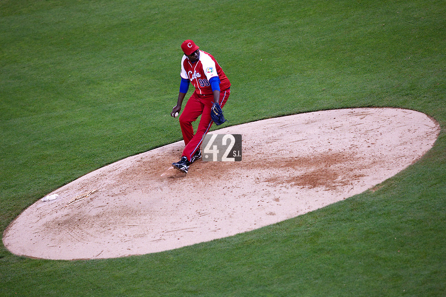 16 March 2009: #99 Pedro Luis Lazo of Cuba pitches during the 2009 World Baseball Classic Pool 1 game 3 at Petco Park in San Diego, California, USA. Cuba wins 7-4 over Mexico.