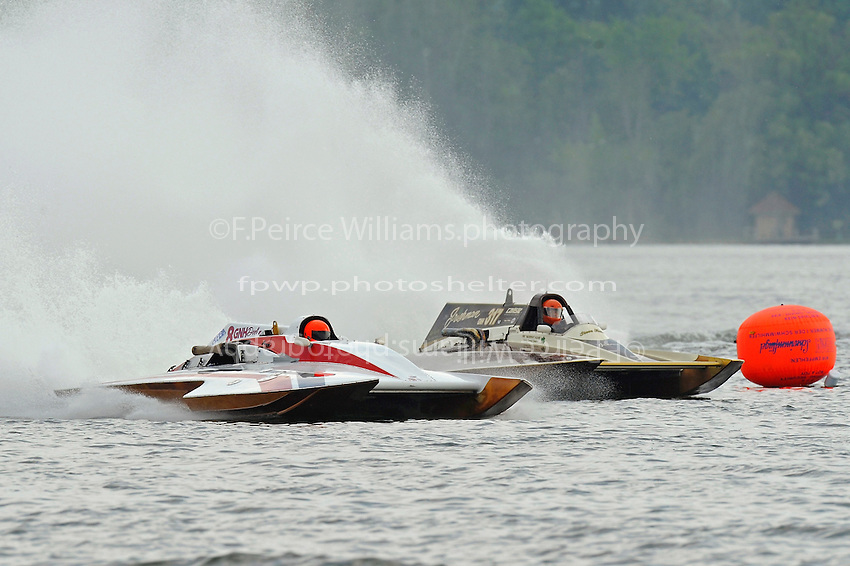 "Cal Phipps, ""Deel Me In"" GNH-8 and Steve Kuhr, GNH-317 ""The Irishman"" (Grand National Hydroplane(s)"