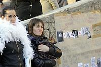 """Roma, 8 Marzo 2011.Piazza Vittorio.Manifestazione """"se non ora quando?""""per la dignità delle donne.Nella foto Valeria Golino"""
