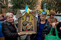 Ucraini protestano per i morti di Kiev