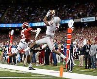 Ohio State Buckeyes wide receiver Michael Thomas (3) makes a touchdown catch over Alabama Crimson Tide defensive back Cyrus Jones (5) during the second quarter in the Allstate Sugar Bowl college football playoff semifinal at Mercedes-Benz Superdome in New Orleans on Thursday, January 1, 2015. (Columbus Dispatch photo by Jonathan Quilter)