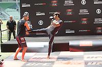 SAO PAULO, SP, 18.12.2014 - UFC FIGHT NIGHT BARUERI / TREINO ABERTO. O lutador de MMA, Erick Silva, durante treino aberto no estádio Allianz Parque, na tarde desta quinta-feira (18). Os treinos abertos antecedem a luta que acontece em Barueri no próximo sábado e fecha o calendário de lutas do UFC em 2014. (Foto:  Adriana Spaca / Brazil Photo Press)