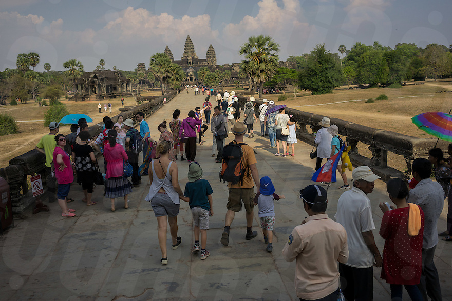 March 31, 2014 - Siem Reap. Visiting Angkor Wat temple. © Thomas Cristofoletti / Ruom for Tiger Airways Magazine