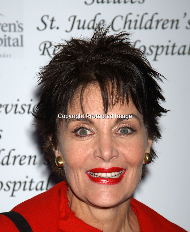 ..Linda Dano with a purse from her collection for QVC..at the Ninth Annual Daytime Television salutes St. Jude Children's Research Hospital benefit in New York City on ..October 10, 2003  at the Marriott Marquis Hotel. ..Photo by Robin Platzer, Twin Images
