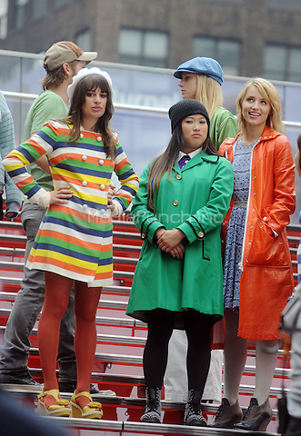 Lea Michele, Jenna Ushkowitz and Dianna Agron filming an episode of the TV show 'Glee' in New York City. April 25, 2011. © mpi01 / MediaPunch Inc.