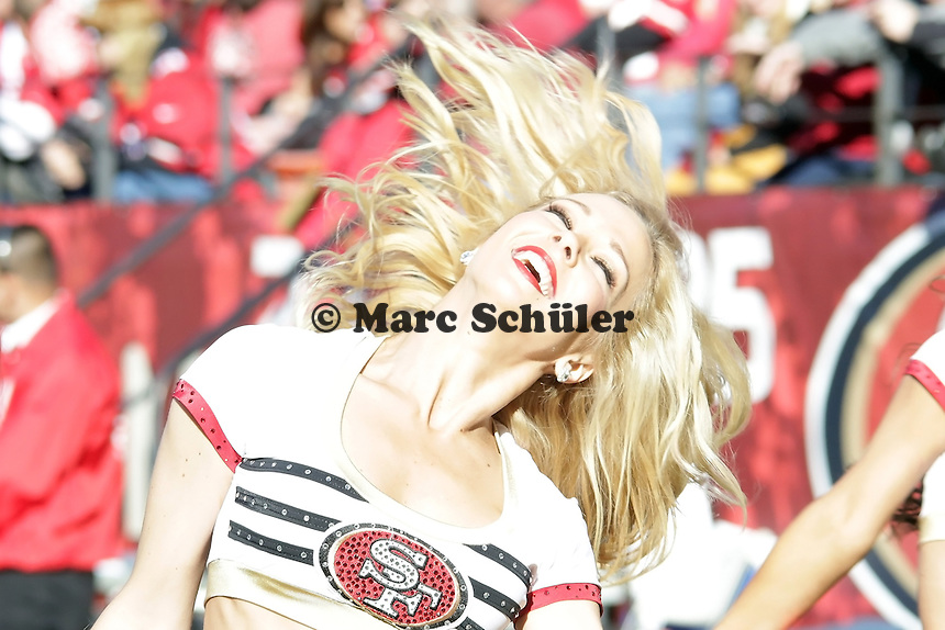 Cheergirl des San Francisco 49ers Gold Rush