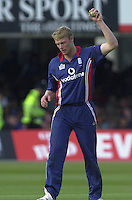 .29/06/2002.Sport - Cricket - .NatWest triangler Series England - Sri Lanka - India.England vs india 50 overs.  Lord's ground.Andrew Flintoff..