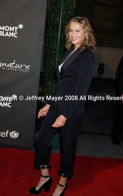 "LOS ANGELES, CA. - February 20: Actress Lauren Hutton arrives at Montblanc ""Signature for Good"" Charity Gala at Paramount Studios on February 20, 2009 in Los Angeles, California."