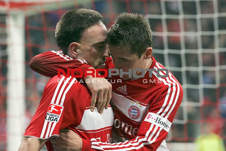 Fu&sect;ball Bundesliga<br /> FC Bayern vs. VFL Wolfsburg<br /> <br /> Freude nach dem 1:0<br /> Frank Ribery (#7 FC Bayern) und Miroslav Klose (#18 FC Bayern)<br /> <br /> Foto &copy; nph (  nordphoto  )<br /> <br /> <br /> <br />  *** Local Caption ***