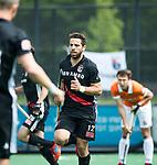 BLOEMENDAAL   - Hockey - Valentin Verga (A'dam) heeft de stand op 0-3 gebracht. .  3e en beslissende  wedstrijd halve finale Play Offs heren. Bloemendaal-Amsterdam (0-3).     Amsterdam plaats zich voor de finale.  COPYRIGHT KOEN SUYK