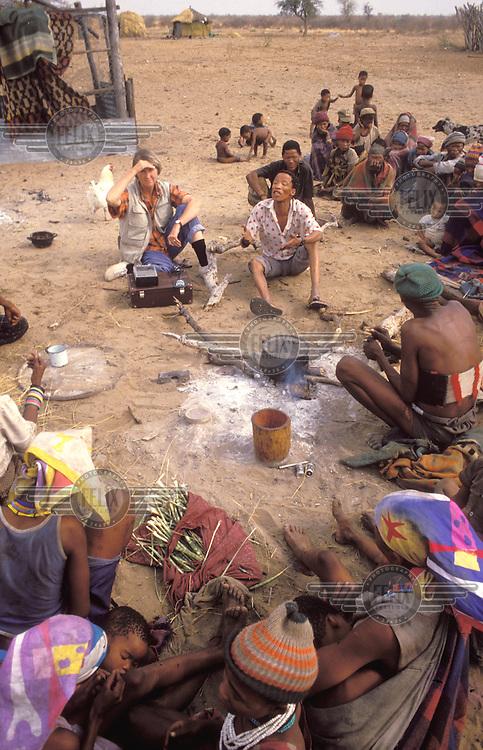 © Paul Weinberg / Panos Pictures..Bushmanland, NAMIBIA...San Bushman farmers' co-operative meeting, Nyae Nyae.