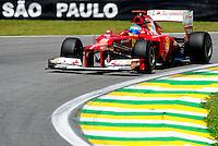 ATENCAO EDITOR: FOTO EMBARGADA PARA VEICULO INTERNACIONAL - SAO PAULO, RJ, 23 DE NOVEMBRO 2012 - O piloto espanhol Fernando Alonso da Ferrari é visto durante a primeira sessão de treinos livres para o Grande Prêmio do Brasil de Fórmula 1, no Autódromo José Carlos Pace (Interlagos), na zona sul de São Paulo, nesta sexta-feira (23). A prova está marcada para as 14h do domingo (23). FOTO: PIXATHLON - BRAZIL PHOTO PRESS.