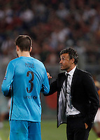 Calcio, Champions League, Gruppo E: Roma vs Barcellona. Roma, stadio Olimpico, 16 settembre 2015.<br /> FC Barcelona&rsquo;s coach Luis Enrique, right, gives indications to FC Barcelona&rsquo;s Gerard Pique&rsquo; during a Champions League, Group E football match between Roma and FC Barcelona, at Rome's Olympic stadium, 16 September 2015.<br /> UPDATE IMAGES PRESS/Isabella Bonotto