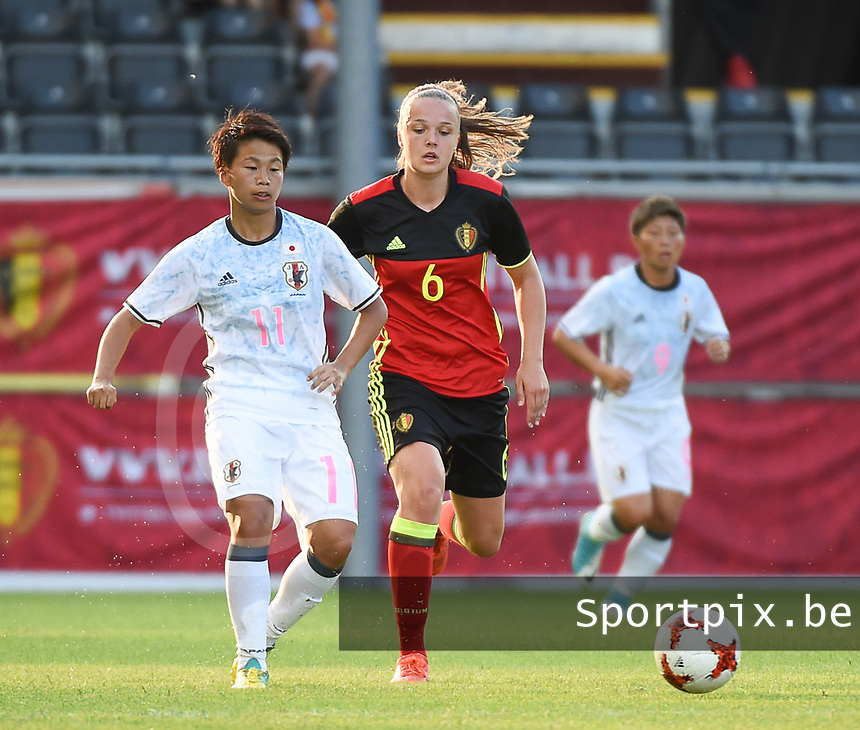20170613 - LEUVEN ,  BELGIUM : Belgian Tine De Caigny (R) and Japanese Mina Tanaka (L) pictured during the female soccer game between the Belgian Red Flames and Japan , a friendly game before the European Championship in The Netherlands 2017  , Tuesday 13 th Juin 2017 at Stadion Den Dreef  in Leuven , Belgium. PHOTO SPORTPIX.BE | DIRK VUYLSTEKE