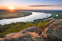 Petit Jean State Park, Arkansas: Sunrise view of Arkansas River Valley from Stout Overlook