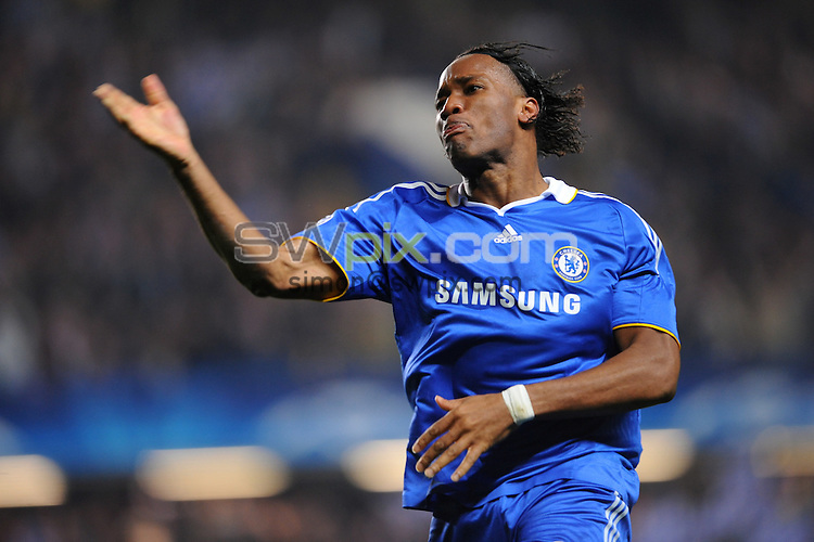 PICTURE BY Dave Winter/SWPIX.COM - Football - Champions League - Chelsea v Liverpool, Stamford Bridge, London  - 14/04/09.....Copyright - Simon Wilkinson - 07811267706.....Joy for Didier Drogba.....