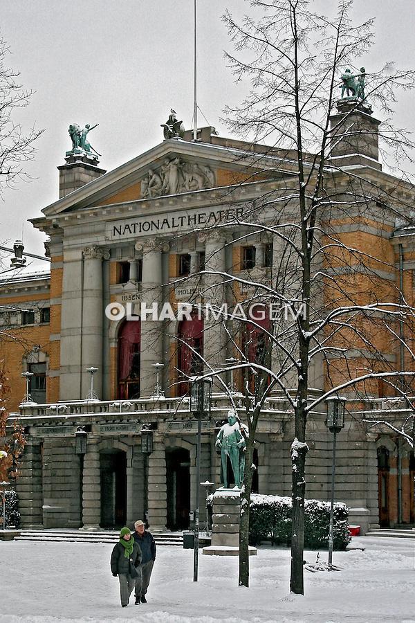 Edifício do Nacional Theater. Oslo. Noruega. 2008. Foto de Marcio Nel Cimatti.
