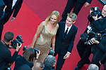 70eme Festival International du Film de Cannes. Montee de la ceremonie de cloture, vues du toit du Palais . 70th International Cannes Film Festival. Vew from rof top of closing red carpet<br /> <br /> Thurman, Uma; Hawke-Thurman, Roan (&quot;Levon&quot;)