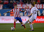 Atletico Madrid's defender Javier Manquillo Gaitan vies with Real Madrid's midfielder Asier Illarramendi during the Spanish Copa del Rey (King's Cup) semifinal second-leg football match Club Atletico de Madrid vs Real Madrid CF at the Vicente Calderon stadium in Madrid on February 11, 2014.   PHOTOCALL3000/ DP