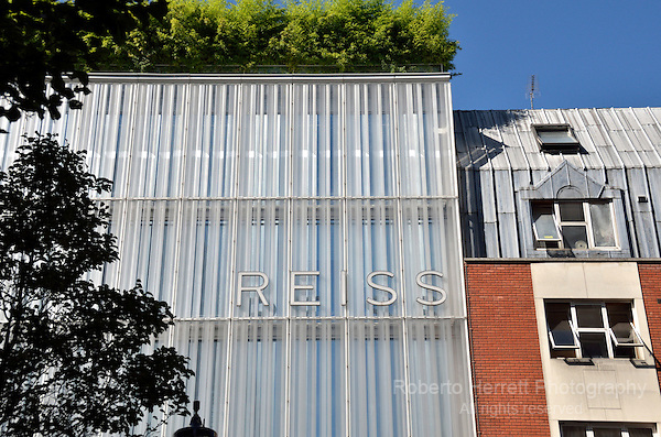 Reiss fashion store in Barrett Street W1, London, UK.