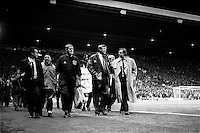 Pix:Michael Steele/SWpix...Soccer. Manchester Uniteds Alex Ferguson...COPYRIGHT PICTURE>>SIMON WILKINSON..Manchesters Alex Ferguson walks out onto the pitch.