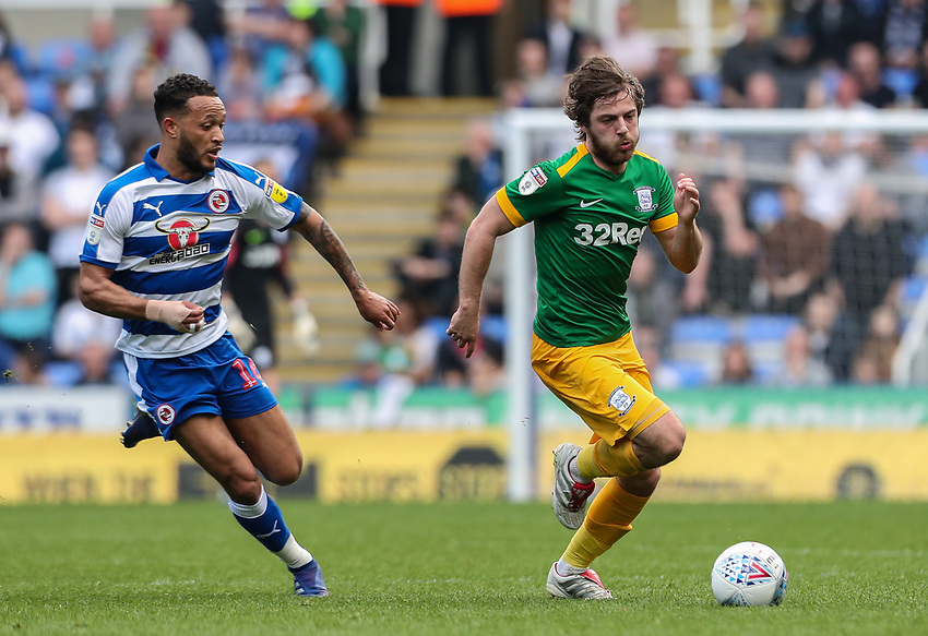 Preston North End's Ben Pearson competing with Reading's Lewis Baker <br /> <br /> Photographer Andrew Kearns/CameraSport<br /> <br /> The EFL Sky Bet Championship - Reading v Preston North End - Saturday 30th March 2019 - Madejski Stadium - Reading<br /> <br /> World Copyright © 2019 CameraSport. All rights reserved. 43 Linden Ave. Countesthorpe. Leicester. England. LE8 5PG - Tel: +44 (0) 116 277 4147 - admin@camerasport.com - www.camerasport.com