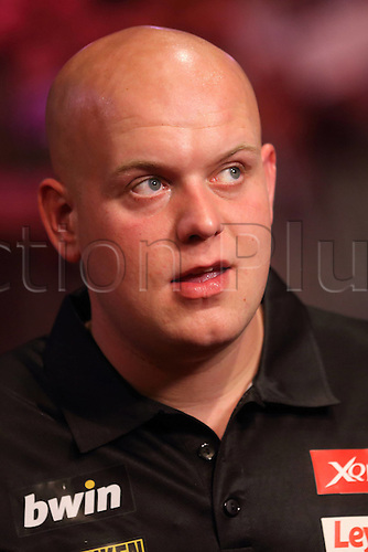 13.06.2015. Frankfurt, Germany. BWIN, PDC World Cup of Darts.  MICHAEL VAN GERWEN Netherlands versus USA.