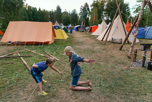 20140805 Vilda-l&auml;ger p&aring; Kragen&auml;s. Foto f&ouml;r Scoutshop.se<br /> scout, scouter, l&auml;gerby, t&auml;lt, leker, dag