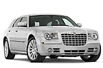 Low aggressive passenger side front three quarter view of a 2009 Chrysler 300 CRD