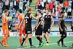 The Hague, Netherlands, June 10: Players of New Zealand and The Netherlands shake hands after the field hockey group match (Men - Group B) between New Zealand and The Netherlands on June 10, 2014 during the World Cup 2014 at Kyocera Stadium in The Hague, Netherlands. Final score 1-1 (0-1) (Photo by Dirk Markgraf / www.265-images.com) *** Local caption ***