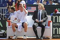 GIJÓN. 14 DE SEPTIEMBRE DE 2012. SEMIFINAL COPA DAVIS ENTRE ESPAÑA Y USA. SAM QUERREY Y JIM COURIER..FOTO: PEDRO PASCUAL / LOF
