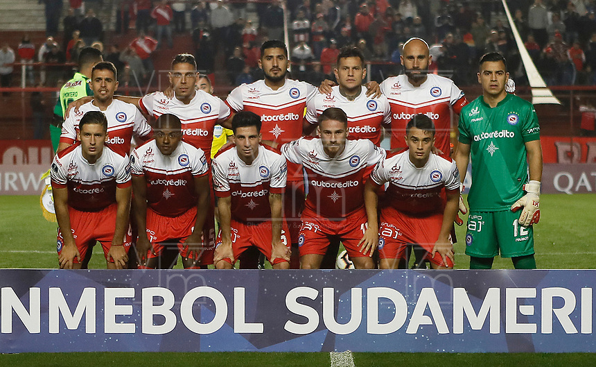 BUENOS AIRES-ARGENTINA: 23-05-2019: Jugadores de Argentinos Juniors (ARG) posan para una foto, antes de partido de ida entre Argentinos Juniors (ARG) y Deportes Tolima (COL) por la Copa Conmebol Sudamericana 2019 en el estadio Diego Armando Maradona de la ciudad de Buenos Aires. / Players of Argentinos Juniors (ARG) pose for a photo prior a match between Argentinos Juniors (ARG) and Deportes Tolima (COL) of the first leg for Copa Conmebol Sudamericana 2019 at the Diego Armando Maradona stadium in Buenos Aires City. Photo: VizzorImage / Javier García Martino / Cont. / Photogamma