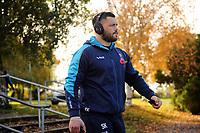 Simon Kerrod and the rest of the Worcester Warriors team arrive at Allianz Park. Premiership Rugby Cup match, between Saracens and Worcester Warriors on November 11, 2018 at Allianz Park in London, England. Photo by: Patrick Khachfe / JMP