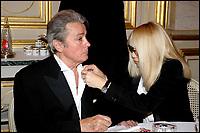 """MIREILLE DARC & ALAIN DELON - DINER DE GALA """"ADICARE """" AU MINISTERE DES AFFAIRES ETRANGERES"""