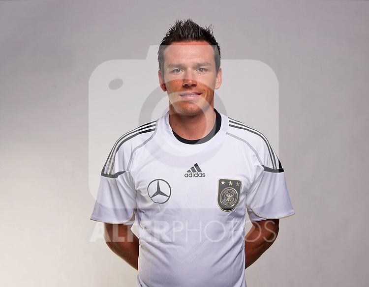 02.06.2010, Commerzbank-Arena, Frankfurt, GER, FIFA Worldcup, Spielerportraits, im Bild Piotr Trochowski ( Hamburger SV #15 ) Foto © nph / Kokenge