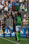 10.09.2017, Olympiastadion, Berlin, GER, 1.FBL, Hertha BSC vs SV Werder Bremen<br /> <br /> im Bild<br /> Spielerwechsel Werder Bremen, Einwechslung Ishak Belfodil (Werder Bremen #29), <br /> <br /> Foto &copy; nordphoto / Ewert