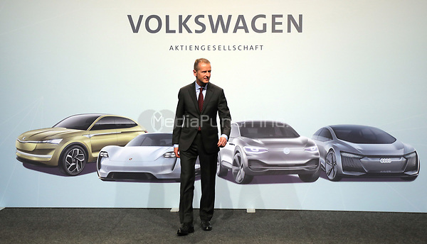 03 May 2018, Germany, Berlin: Herbert Diess, CEO of Volkswagen AG, poses for photographers at start of the Volkswagen AG annual general meeting at the Messegelaende in Berlin. Photo: Wolfgang Kumm/dpa /MediaPunch ***FOR USA ONLY***