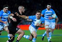 Nicolas Sanchez tries to beat TJ Perenara during the Rugby Championship match between the New Zealand All Blacks and Argentina Pumas at Trafalgar Park in Nelson, New Zealand on Saturday, 8 September 2018. Photo: Dave Lintott / lintottphoto.co.nz