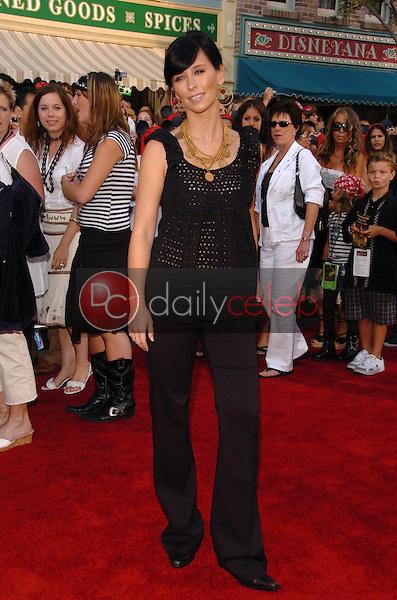 Jennifer Love Hewitt<br />at the premiere of Disney's &quot;Pirates of the Caribbean: Dead Man's Chest&quot;. Disneyland, Anaheim, CA. 06-24-06<br />Scott Kirkland/DailyCeleb.com 818-249-4998