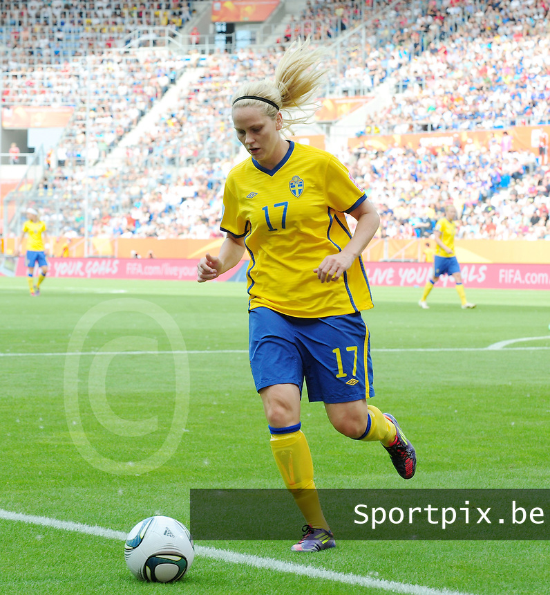 Fifa Women's World Cup Germany 2011 : Zweden - France Frankrijk at Sinsheim World Cup stadium : Lisa Dahlkvist.foto DAVID CATRY / Vrouwenteam.be