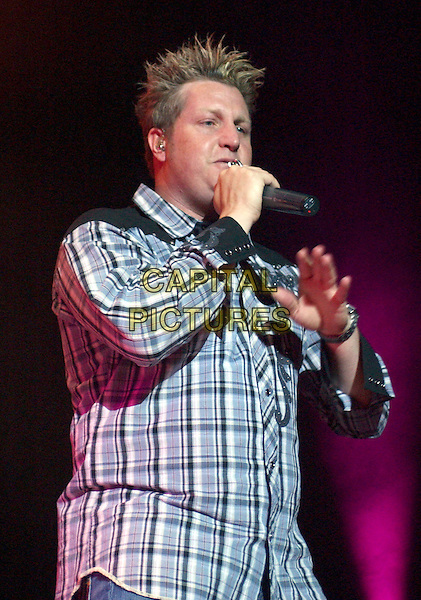 RASCAL FLATTS - GARY LEVOX.Performing at Post-Gazette Pavilion, Pittsburgh, Pennsylvania..May 28th, 2005.Photo Credit: Laura Farr/AdMedia.stage concert live gig music performance half length singing.www.capitalpictures.com.sales@capitalpictures.com.© Capital Pictures.