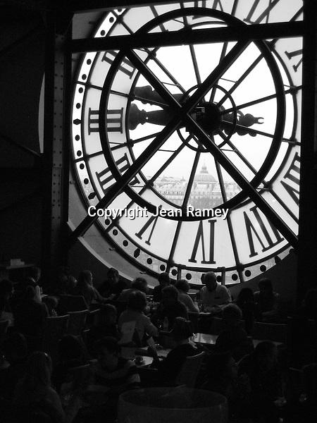 Timeless Paris (B&W)