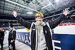 Solna 2014-03-15 Bandy SM-final Damer Kareby IS - AIK  :  <br /> AIK:s huvudtr&auml;nare tr&auml;nare Oscar Pettersson-Hasselgren med guldhj&auml;lm jublar efter matchen<br /> (Foto: Kenta J&ouml;nsson) Nyckelord:  SM SM-final final dam damer Kareby AIK jubel gl&auml;dje lycka glad happy
