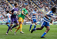 Reading's Emiliano Martinez under pressure from Preston North End's Jordan Storey<br /> <br /> Photographer Andrew Kearns/CameraSport<br /> <br /> The EFL Sky Bet Championship - Reading v Preston North End - Saturday 30th March 2019 - Madejski Stadium - Reading<br /> <br /> World Copyright © 2019 CameraSport. All rights reserved. 43 Linden Ave. Countesthorpe. Leicester. England. LE8 5PG - Tel: +44 (0) 116 277 4147 - admin@camerasport.com - www.camerasport.com