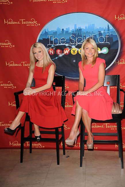 WWW.ACEPIXS.COM.April 5 2001 in New York City.... Kelly Ripa unveils her wax figure at Madame Tussauds on April 5 2011 in New York City ....Please byline: KRISTIN CALLAHAN - ACEPIXS.COM....ACE Pictures, Inc: Tel: (212) 243 8787 or (646) 769 0430... email: info@acepixs.com...web: http://www.acepixs.com
