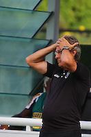 RIO DE JANEIRO, RJ, 04 DE MARCO 2012 - CAMPEONATO CARIOCA - 2a RODADA - TACA RIO - BOTAFOGO X VOLTA REDONDA - Oswaldo de Oliveira, treinador do Botafogo, durante partida contra o Volta Redonda, pela 2a rodada da Taca Rio, no estadio de Sao Januario, na cidade do Rio de Janeiro, neste domingo, 04. FOTO BRUNO TURANO  BRAZIL PHOTO PRESS