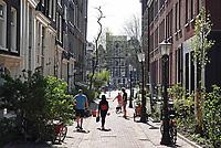Nederland - Amsterdam -  21 april 2018.  Zijstraat van de Prins Hendrikkade.    Foto Berlinda van Dam / Hollandse Hoogte