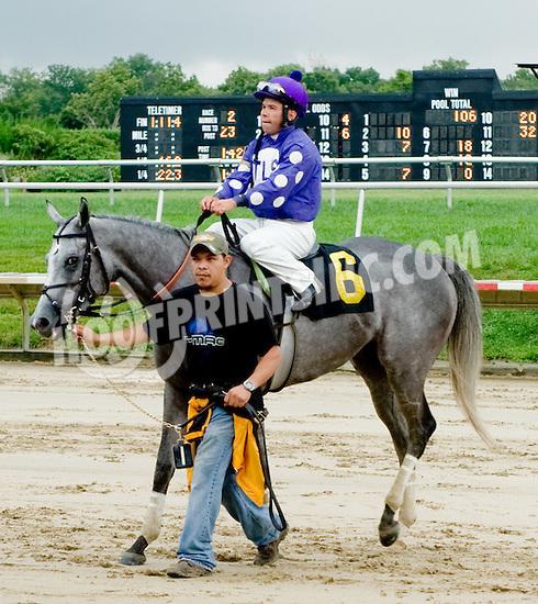 M's Angel winning at Delaware Park on 8/15/11.