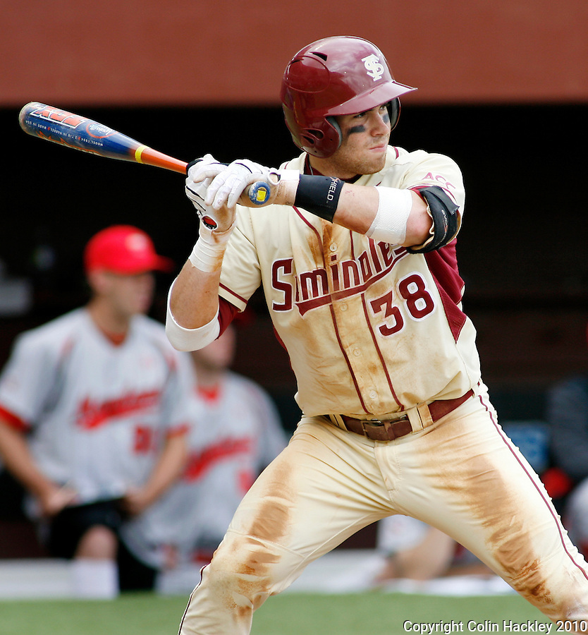 TALLAHASSEE, FL 3/28/10-FSU-MARY BASE10 CH-Florida State's Stephen Cardullo awaits a Maryland pitch during action Sunday at the Dick Howser Stadium in Tallahassee. The Seminoles beat the Terrapins 9-5...COLIN HACKLEY PHOTO