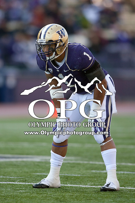 Oct 15, 2011:  Washington's Chris Polk sets up behind the line of scrimmage against Colorado.  Washington defeated Colorado 52-24 at Husky Stadium in Seattle, Washington...